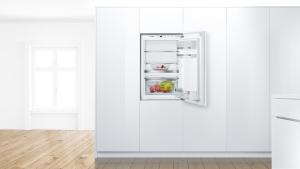 Bosch KIR21AFF0 Einbau Kühlschrank 88 cm Nische VitaFreshPlusLEDFreshSenseEEK: A++