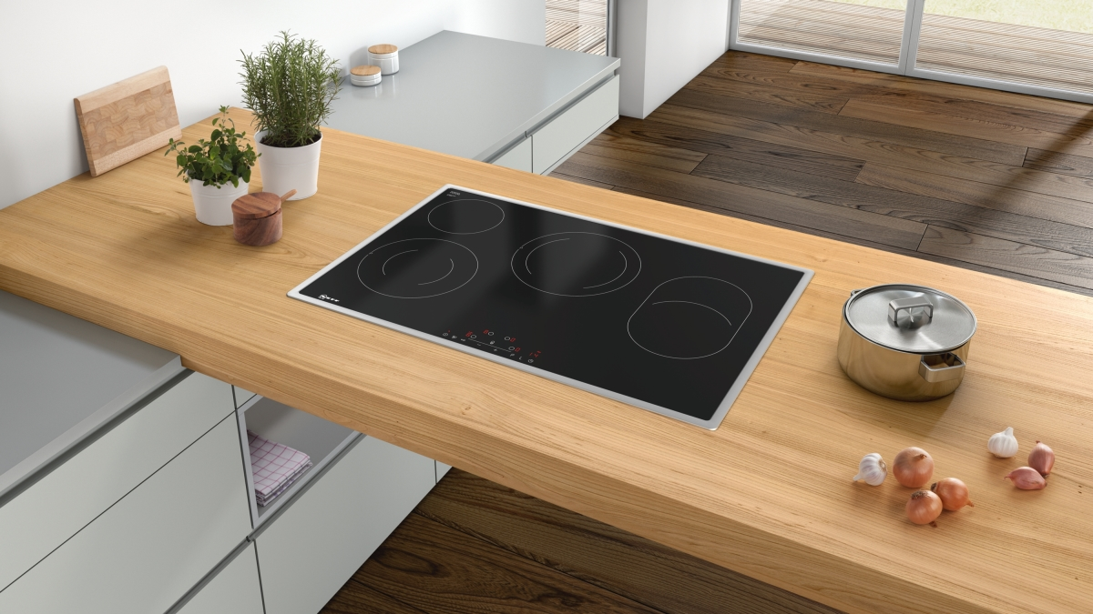 neff tbd1836n t18bd36n0 autarkes elektro kochfeld 80cm mit touchcontrol bedienung g nstig. Black Bedroom Furniture Sets. Home Design Ideas